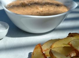 Potatoes with Tomato pesto Dip
